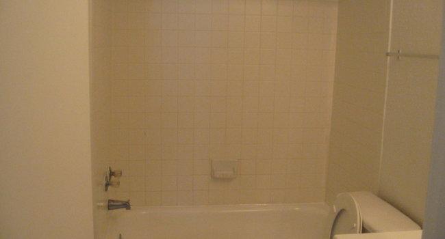 Rooms: Bay Stone Apartments - 78 Reviews