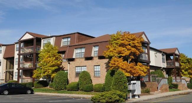 Woodbridge Center Plaza Apartments 47 Reviews Woodbridge Nj