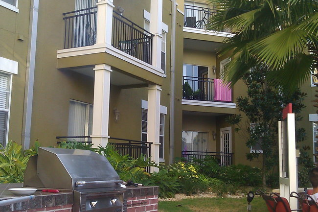 Resident Photo Of The Vintage Lofts At West End Luxury Apartments In Tampa Fl